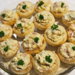 Champiñones rellenos de queso, tomate y pesto genovese2