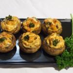 Champiñones rellenos de queso, tomate y pesto genovese3