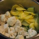 crema coliflor con hojas