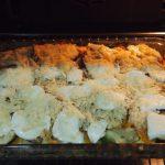 Verduras con mozzarella y parmesano horneandose