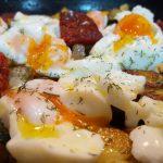 Plato de Verduras con huevos y tacos de sobrasada